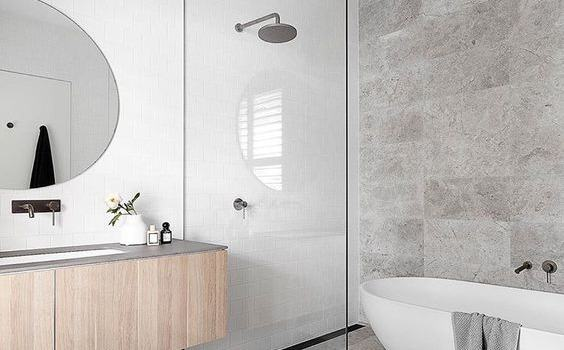 DIFFERENT TYPES OF WETROOM SHOWER ENCLOSURES