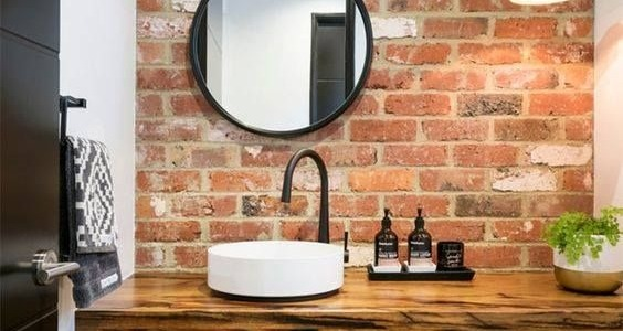 BRICK WALL IN THE BATHROOM. IS IT GOOD IDEA?