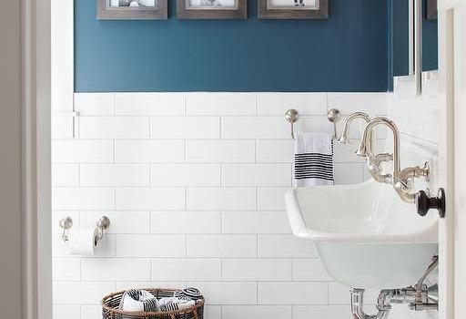 HOW TO REFRESH THE BATHROOM WITHOUT CAPITAL REDECORATION